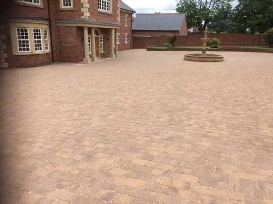 Block Paving Cleaned and Re-sanded