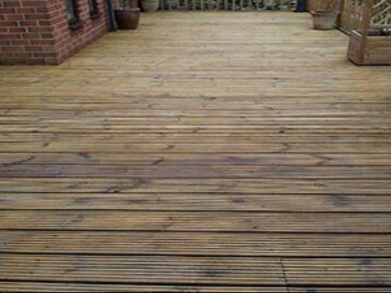 Decking Restored with a Natural Oil